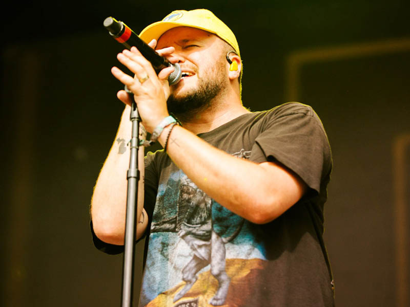Quinn XCII & Chelsea Cutler: Stay Next To Me Tour at Meadow Brook Amphitheatre